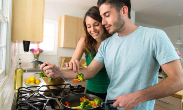 Familiares con diabetes e hipertensión: ¿cómo cocinar sus alimentos?