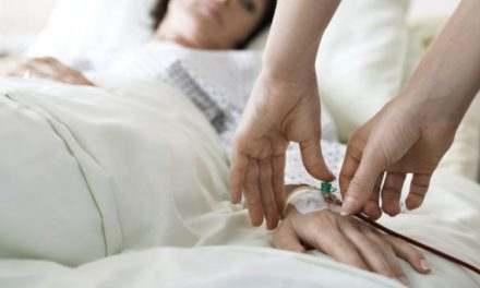 Diabética sufre convulsiones y se diagnostica con cáncer cerebral y de pulmón