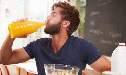 Beber un vaso extra de jugo al día aumentaría el riesgo de diabetes