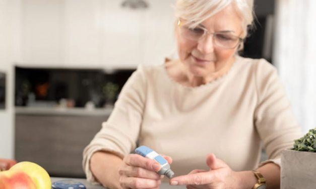 Crean dispositivo portátil para medir glucosa y triglicéridos
