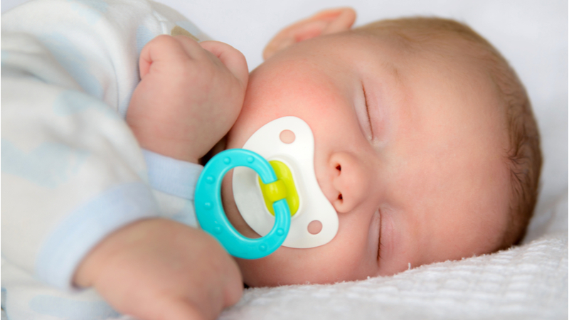 Crean chupete de alta tecnología para controlar azúcar en la sangre de bebés con diabetes